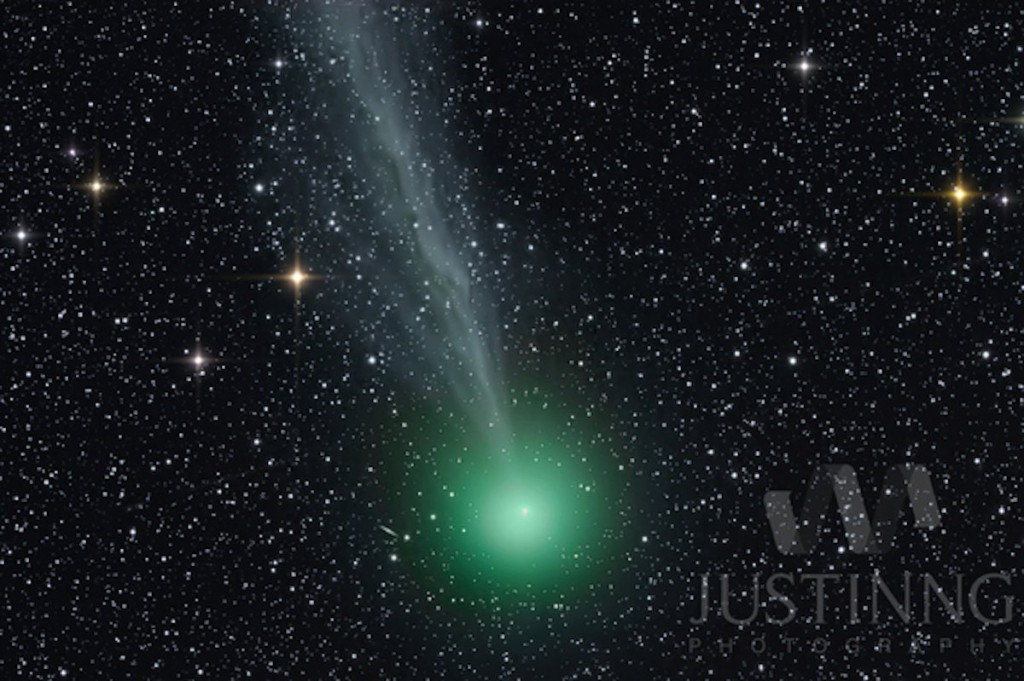 Photo of Comet Lovejoy taken in Singapore on 29 Dec 2015 by Astrophotographer Justin Ng